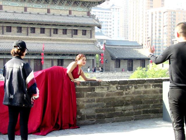 『 【西安.城壁】南門は美人モデルさんでいっぱい!入場料と登り方 』 ..そしてこちらも。..