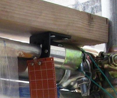 『 【温室自作】arduinoで温室の温度を調整する 』 ..また、上部スイッチはモーターブラケットに取り付けします。位置関係を実測します。..