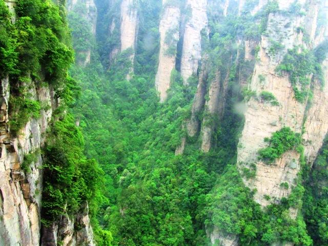 『 中国.張家界から武陵源に行ってみた 』 ..とその時..
