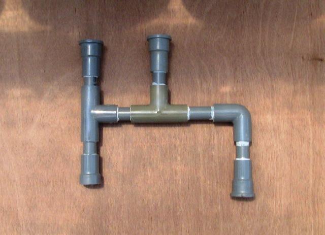 『 arduinoと電磁弁で自動散水システムを自作してみた 』 ..1系統10mとしました。塩ビ管の加工はこんな感じです。..