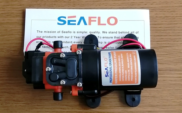 『 水耕栽培装置(噴霧式循環)の作り方 』 ..原因が掴めずにいましたが、噴霧に使った圧力ポンプに電流が5A流れるため急激な電圧降下がesp32の誤作動を引き起こした?のかなと思い圧力ポンプを変えてみました。..